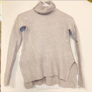 Sweaters - Lou & Grey XXS wool turtleneck sweater
